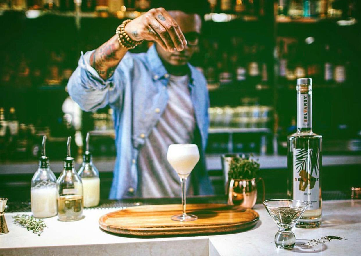 Nightlife Etiquette: How To Treat a Bartender, According To These Bartenders